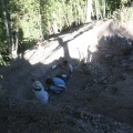 Area 14. Smaltimento di pietre e terra accumulate nella parte bassa dell'area