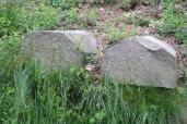 Cimase pentagonali gemelle, reimpiegate nella cinta muraria