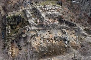 Fotoaerea del cassero del castello di Miranduolo